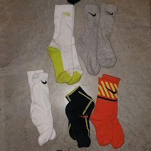 5 pair Nike boys socks